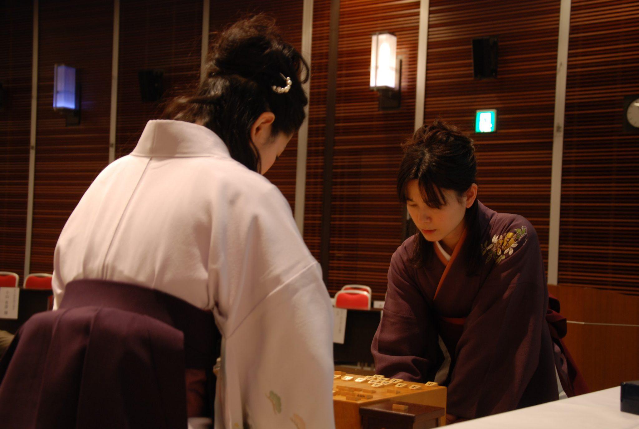 将棋はマインドスポーツの1種。考えながら、常に脳に汗をかきます。