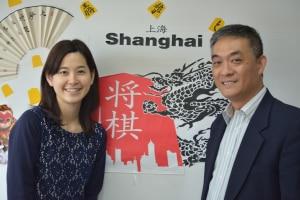 上海の学校で日本将棋の普及に尽力される許さん