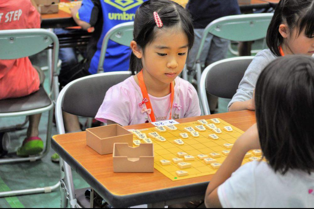 戦法を1つ覚えておけば将棋初心者の子どもたちでも対局を楽しめる