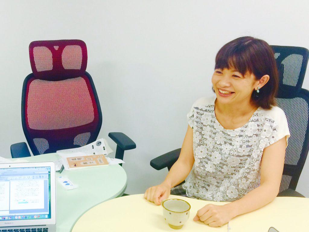 いつつ取締役尾崎久恵の証言
