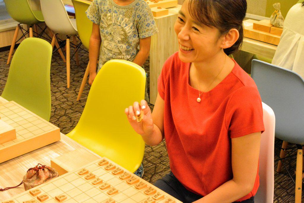 日本一敷居の低い将棋道場を目指したいと話す和さん