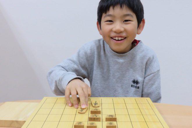 男性なら子どもの頃に1度は将棋に触れていいる可能性が高い。