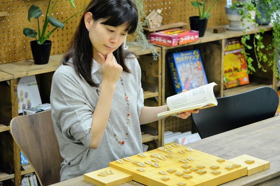 将棋勉強法といえば「詰将棋・実践・棋譜並べ」