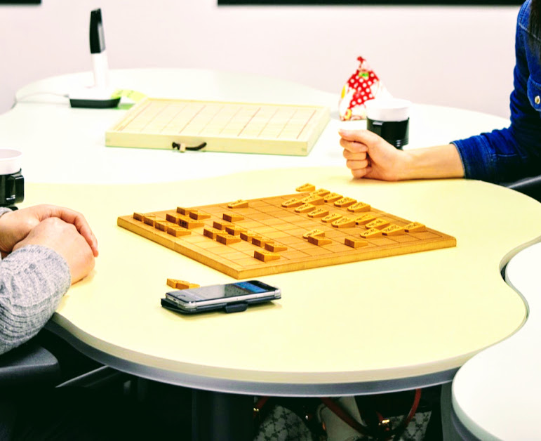 二人で交互にやり取りする将棋はキャッチボールにそっくり