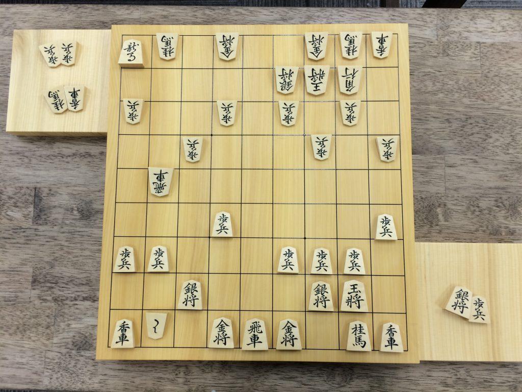 将棋初心者には広すぎる9×9の将棋盤