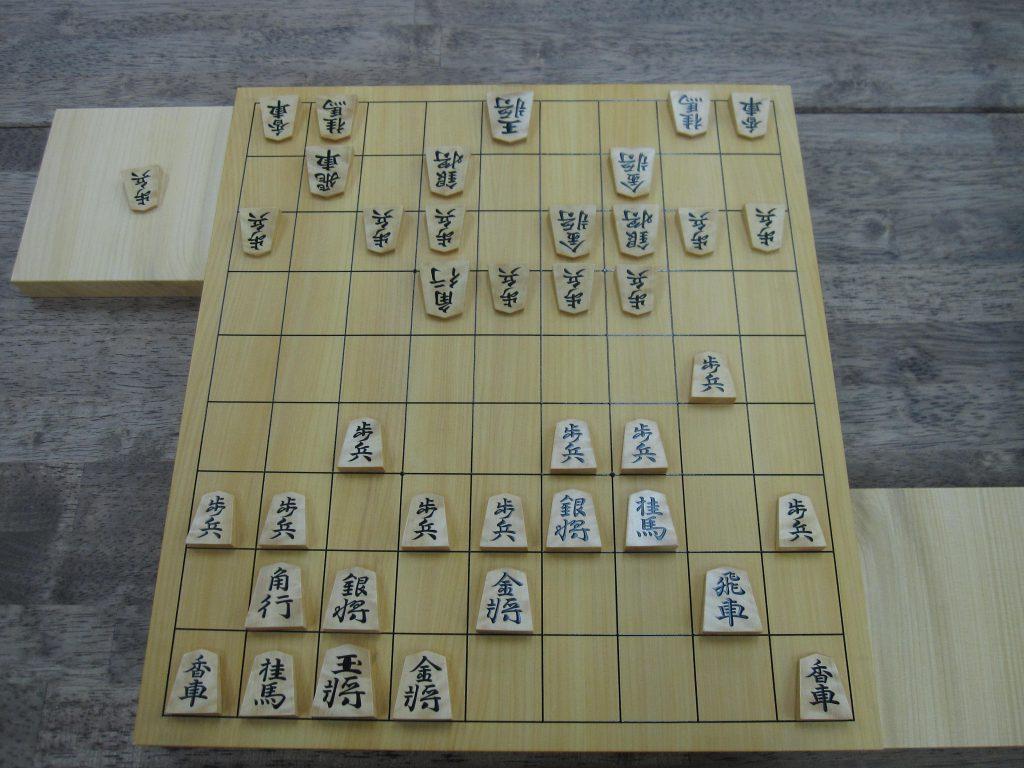 将棋の駒組みは自由
