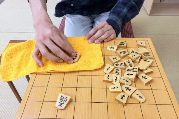 将棋道具を大切にすることが将棋上達の第1歩。