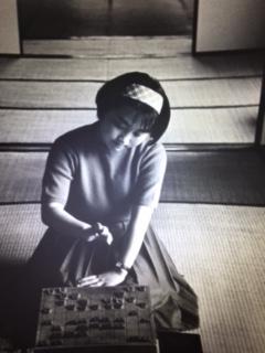 父の勧めで将棋をはじめたという女流六段