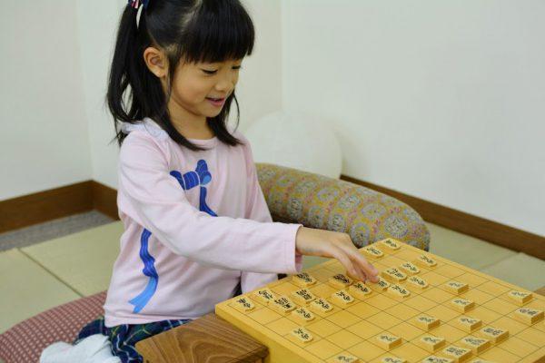 将棋教室では、将棋の礼儀作法やマナーがきちんと身につきます。