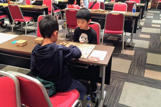 リアル将棋には守るべきマナーが多いので、初心者には敷居が高いかも