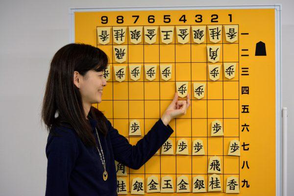 大盤でリレー将棋をすると気分転換になります。