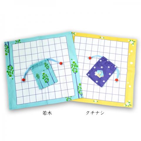 軽量で、将棋道具の持ち運びに便利な布盤と駒袋。