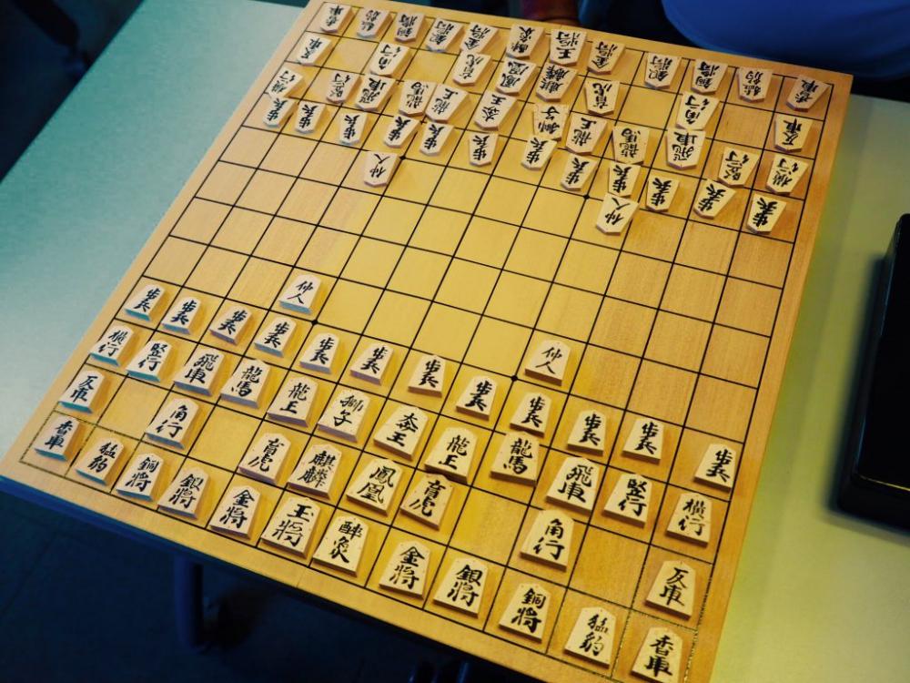 中将棋を指しているお子さんもいらっしゃいました。