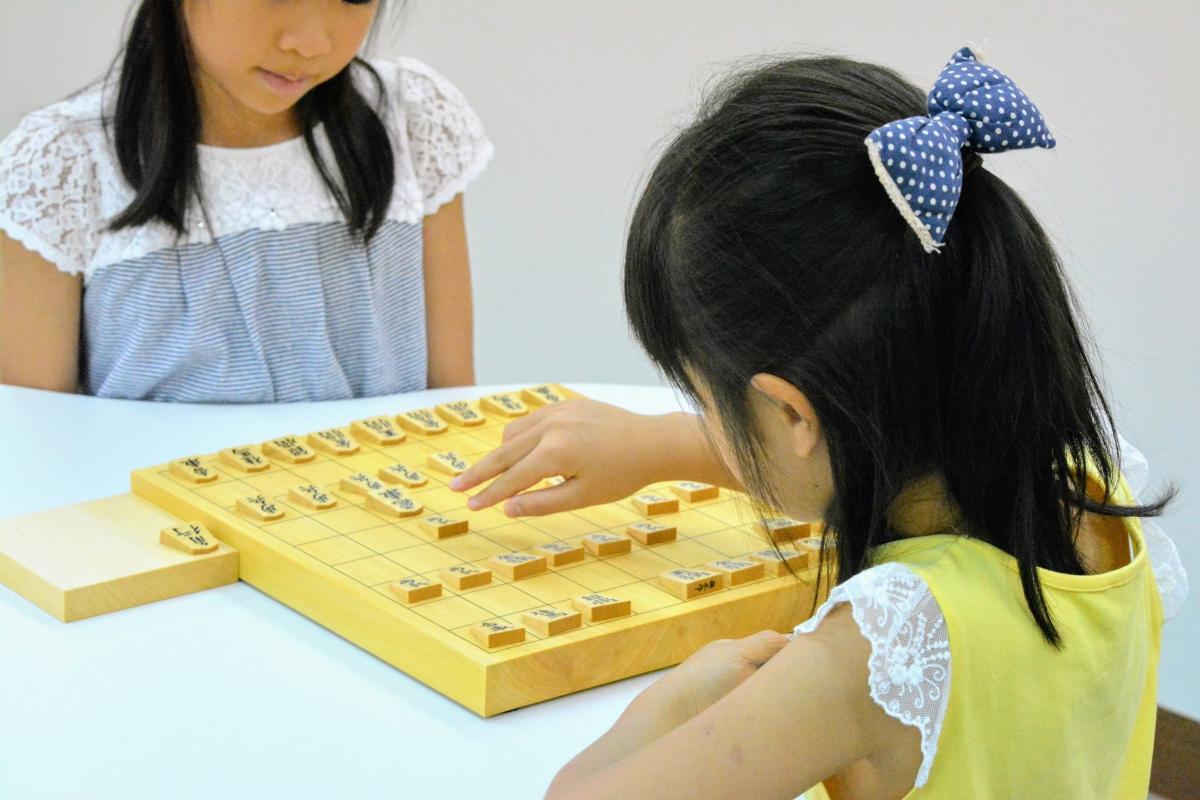子どもたちの将棋を観る将になろう