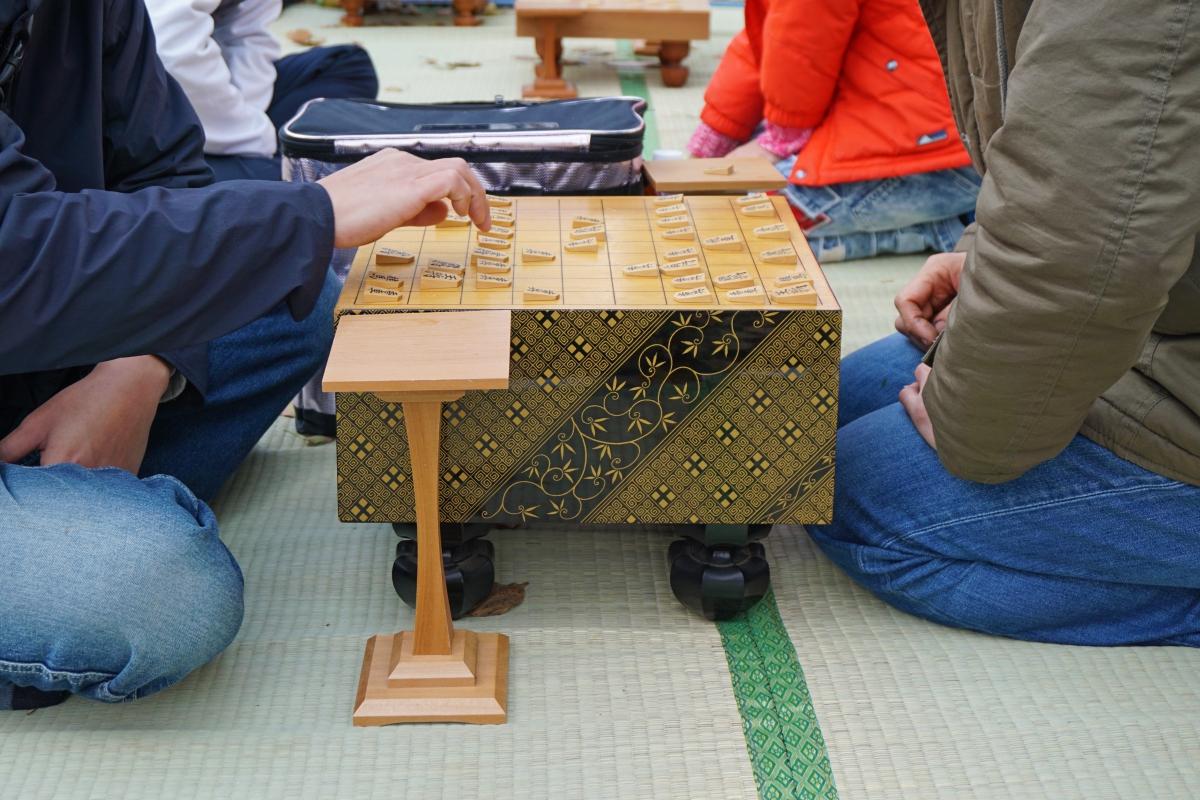 気軽でオープンな縁台将棋